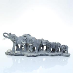 Семь слонов на малой подставке