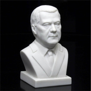 Бюст Медведева